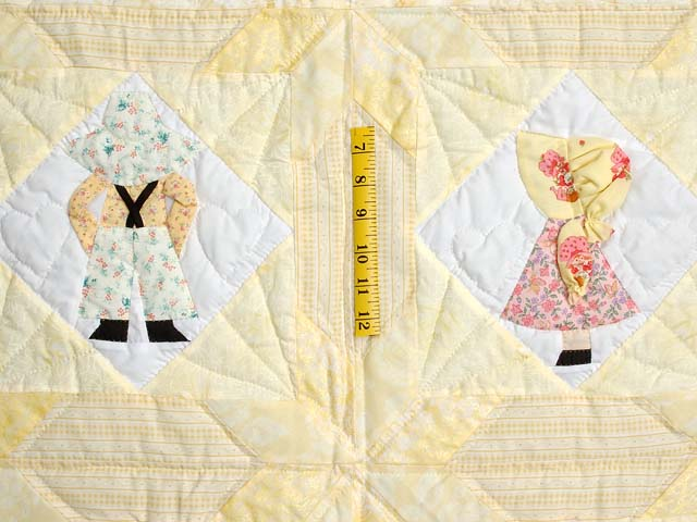Pastel Yellow Sunbonnet Sue Crib Quilt Photo 3