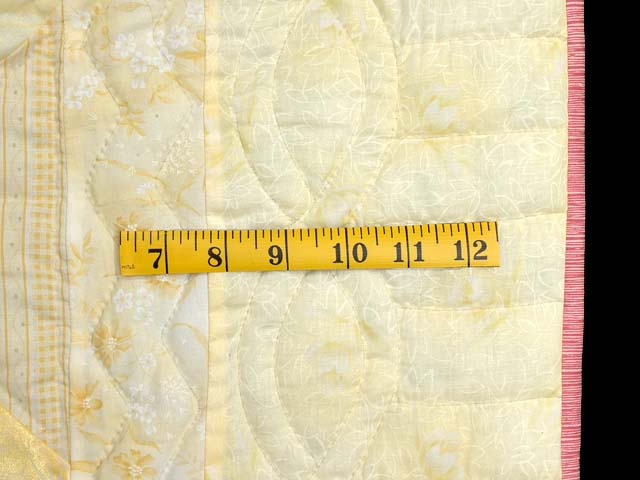 Pastel Yellow Sunbonnet Sue Crib Quilt Photo 5