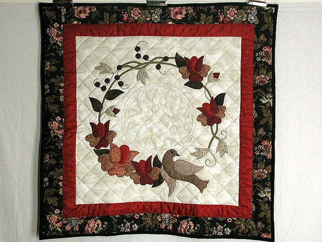 Vines and Roses Wall Hanging Photo 1