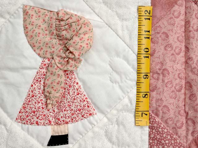 Pastel Pink Sunbonnet Sue Crib Quilt Photo 4