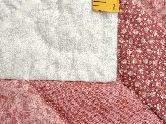 Pastel Pink Sunbonnet Sue Crib Quilt Photo 5
