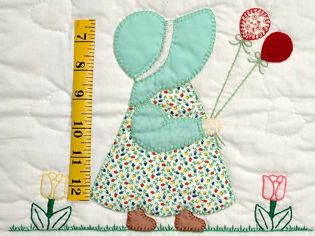 Sunbonnet Sue & Bill Crib Quilt Photo 5