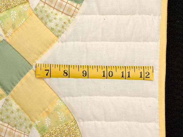 Fine Yellows and Greens Double Wedding Ring Crib Quilt Photo 6