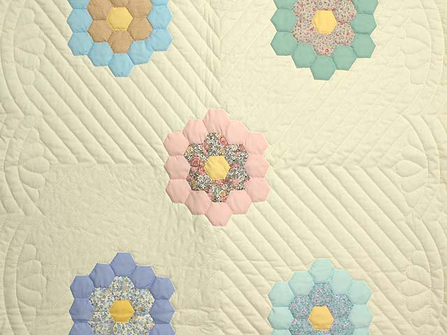 Yellow and Pastels Flower Garden Crib Quilt Photo 2