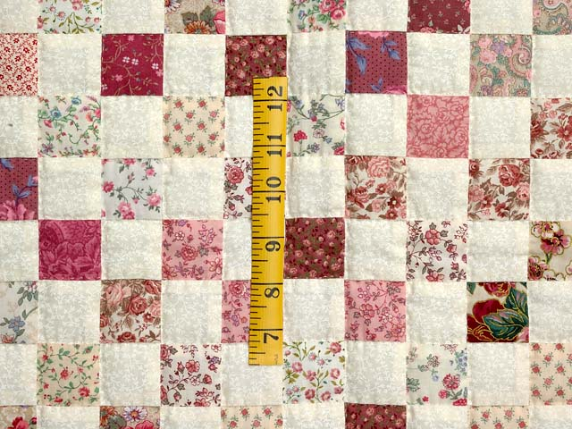 Rosy Pink and Cream Blocks Crib Quilt Photo 3