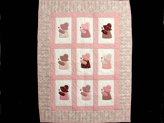 Pink Sunbonnet Sue Crib Quilt Photo 1