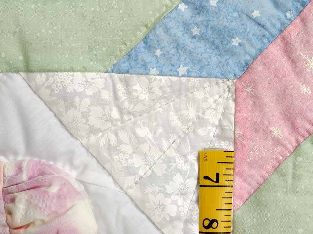 Pastel Sunbonnet Sue Crib Quilt Photo 5