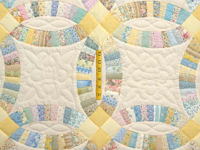 Fine Yellow and Pastel Double Wedding Ring Crib Quilt Photo 3