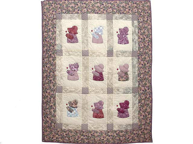 Lavender and Gray Sunbonnet Sue Crib Quilt Photo 1