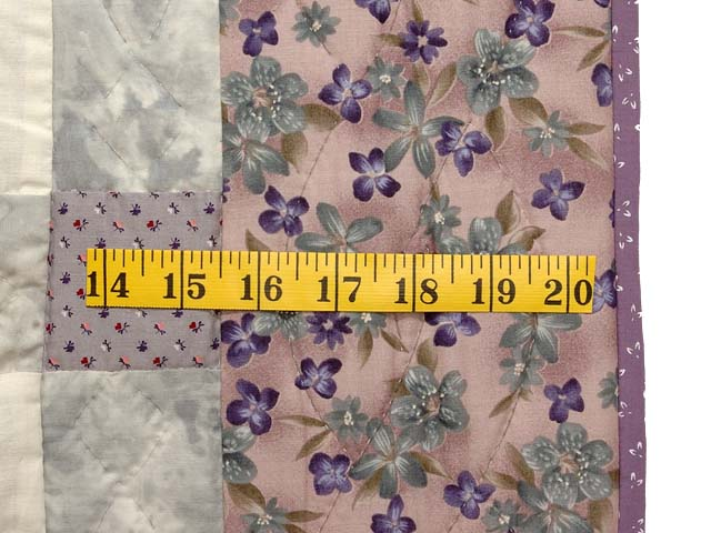 Lavender and Gray Sunbonnet Sue Crib Quilt Photo 5