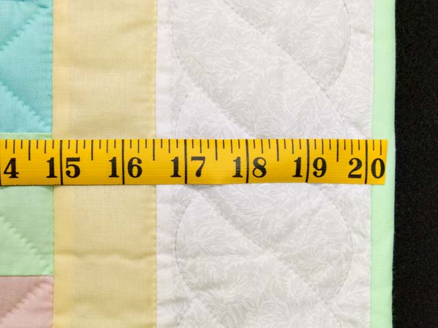 Pastel Yellow Teddy and Nine Patch Crib Quilt Photo 6