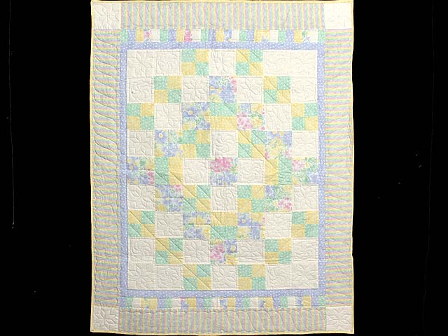 Pastel Four Patch Crib Quilt Photo 1