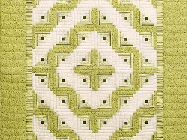 Pistachio Green and Cream Log Cabin Crib Quilt Photo 2