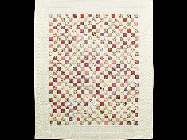 Rose and Cream Blocks Crib Quilt Photo 1