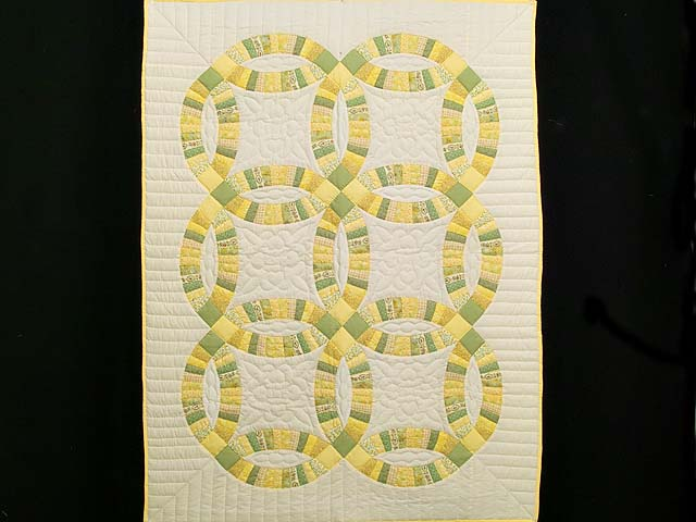 Fine Yellows and Greens Double Wedding Ring Crib Quilt Photo 1
