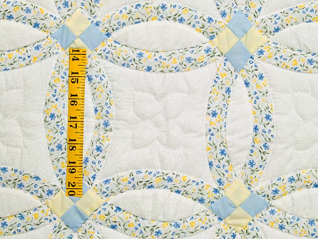 Pastel Blue and Yellow Double Wedding Ring Quilt Photo 3