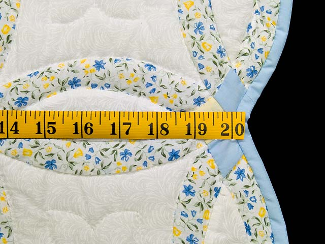 Pastel Blue and Yellow Double Wedding Ring Quilt Photo 5
