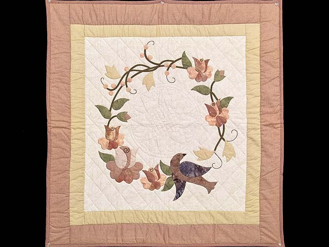 Mauve Vines and Roses Wall Hanging Photo 1