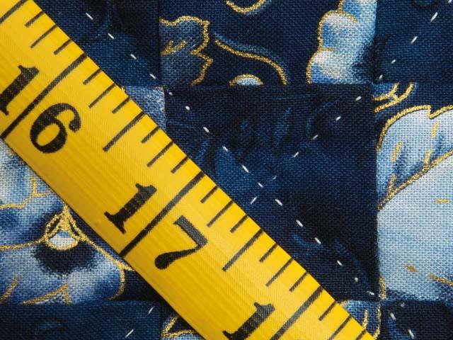 Navy Blue and Cream Irish Chain Crib Quilt Photo 6