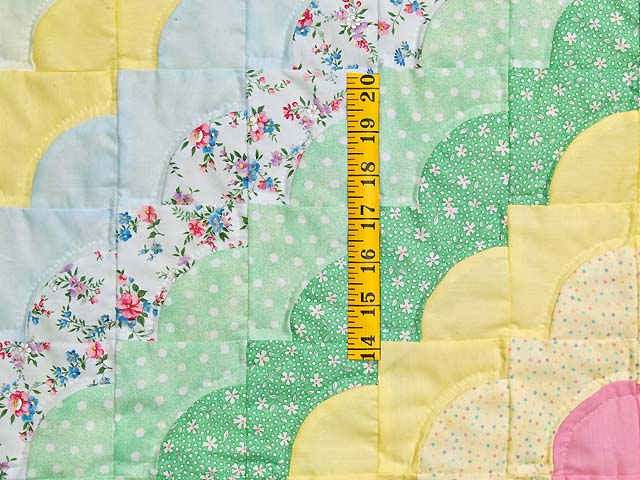 Yellow and Green Ocean Wave Crib Quilt Photo 3