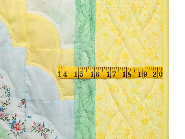 Yellow and Green Ocean Wave Crib Quilt Photo 6