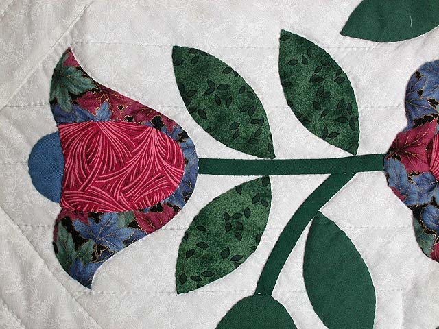 Tulips by the Path Applique Wall Hanging Photo 4