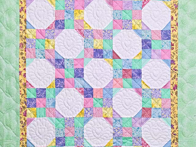 Pastel Green and Yellow Snowball Crib Quilt Photo 2