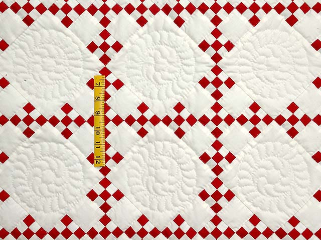 Red and White Nine Patch Throw Photo 3