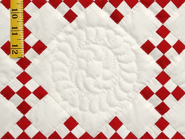 Red and White Nine Patch Throw Photo 4