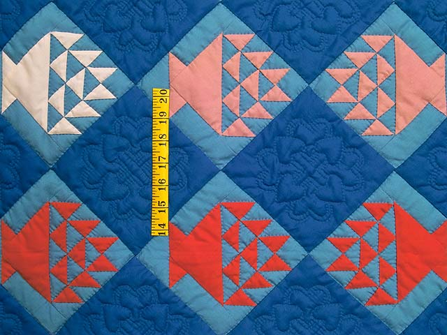 Indiana Amish Baskets in Blue Quilt Photo 3