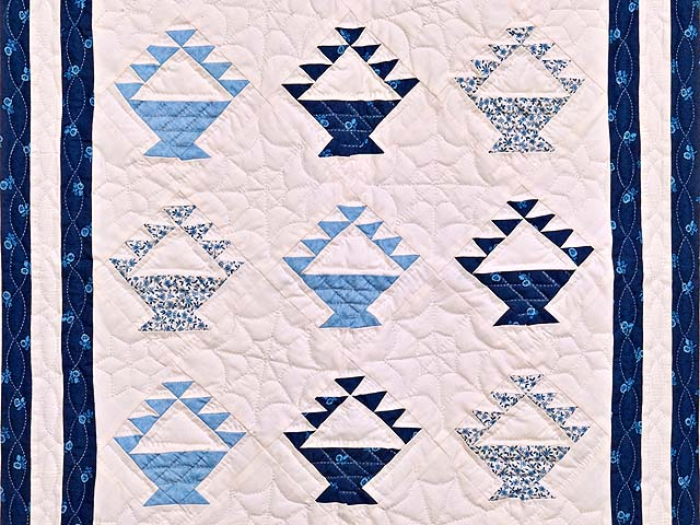 Navy Blue and Cream Baskets Crib Quilt Photo 2