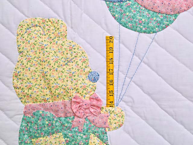 Pastel Pink Party Bear Crib Quilt Photo 3