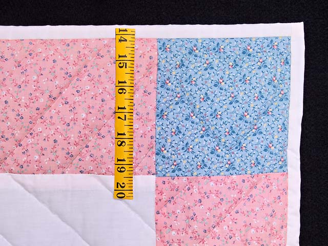 Pastel Pink Party Bear Crib Quilt Photo 5
