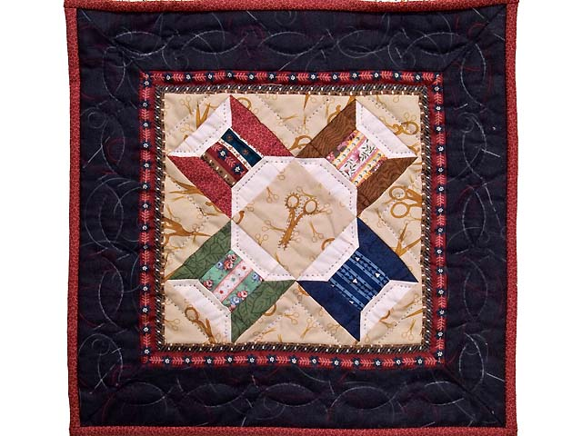 Miniature Spool and Scissors Quilt Photo 1