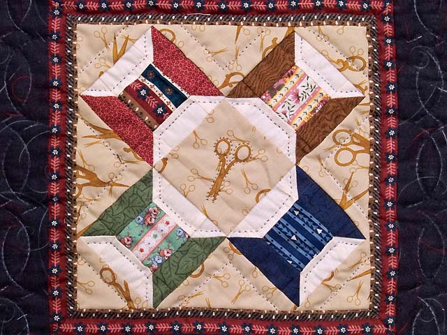 Miniature Spool and Scissors Quilt Photo 2