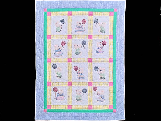 Embroidered Bears Crib Quilt Photo 1