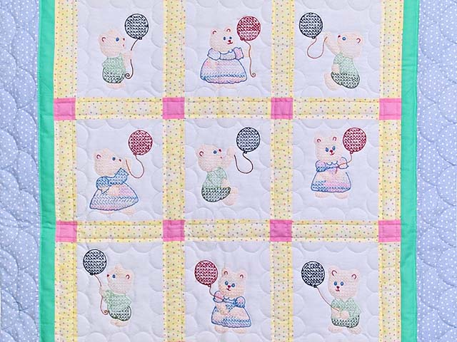 Embroidered Bears Crib Quilt Photo 2