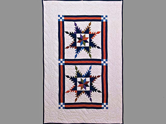 Multicolor Feathered Edge Star Crib Quilt Photo 1