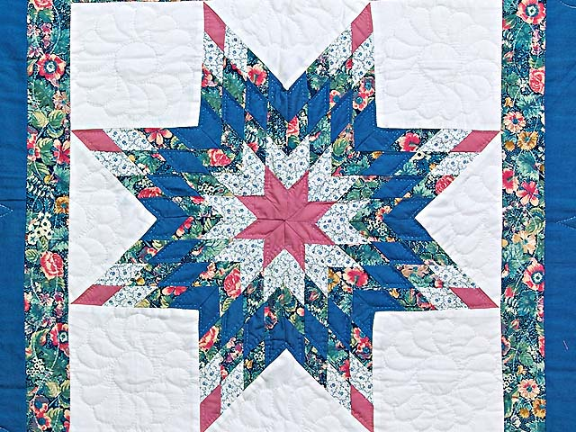 Blue and Rose Lone Star Wall Hanging Photo 2