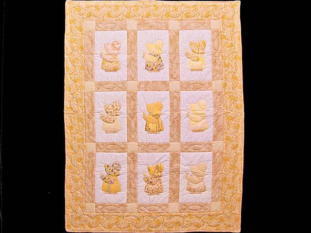 Golden Yellow Sunbonnet Sue Crib Quilt Photo 1