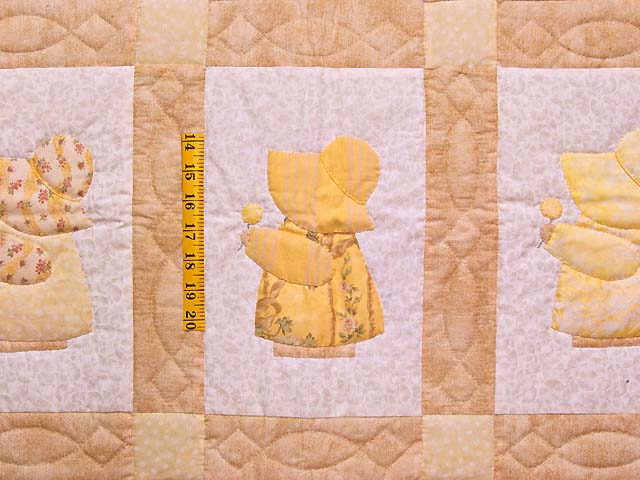 Golden Yellow Sunbonnet Sue Crib Quilt Photo 3