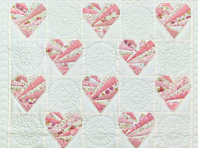 Pink and Cream Patchwork Hearts Crib Quilt Photo 2