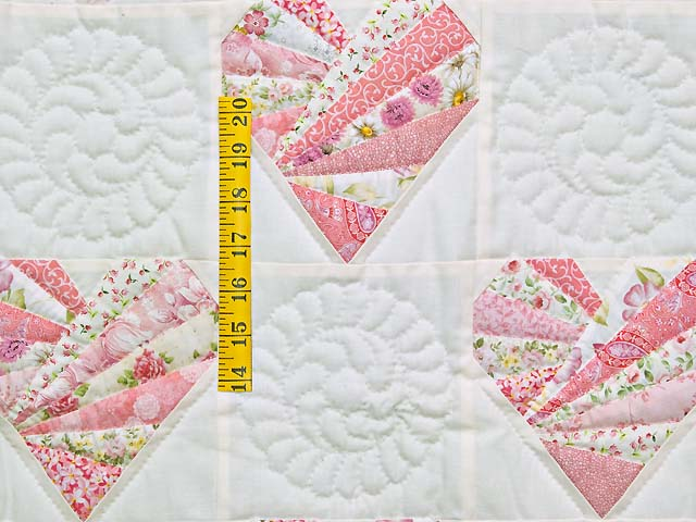 Pink and Cream Patchwork Hearts Crib Quilt Photo 3