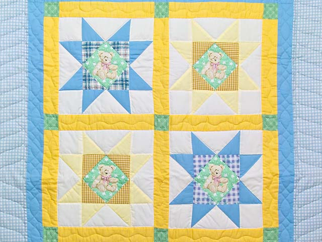 Pastel Teddy Bear Ohio Star Crib Quilt Photo 2