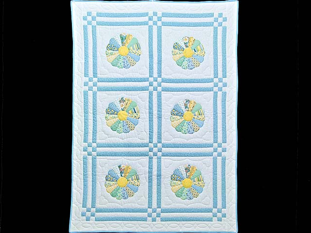 Pastel Blue and Multicolor Dresden Plates Crib Quilt Photo 1
