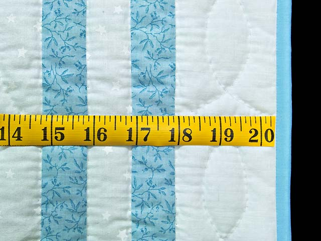 Pastel Blue and Multicolor Dresden Plates Crib Quilt Photo 5