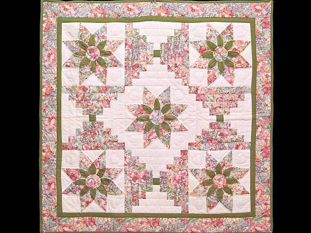 Rose and Green Dahlia Log Cabin Star Wall Hanging Photo 1