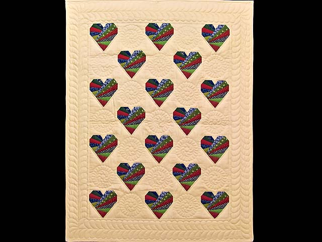 Country Colors Patchwork Hearts Wall Hanging Photo 1
