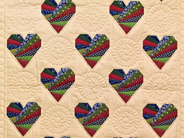 Country Colors Patchwork Hearts Wall Hanging Photo 2