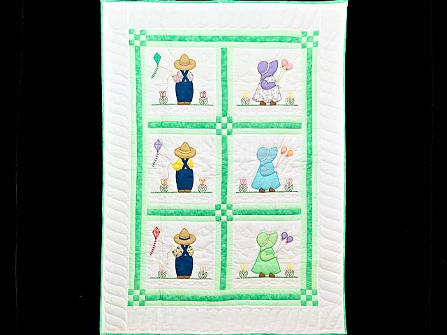 Green Sunbonnet Sue & Bill Crib Quilt Photo 1